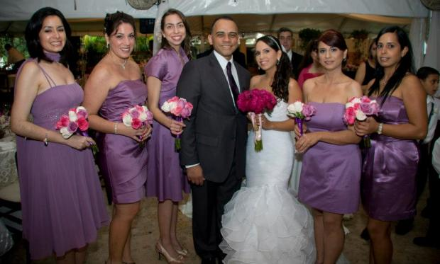 Con mis chicas. Yo escogí el color del vestido y cada una seleccionó el suyo de acuerdo a su personalidad y gusto.