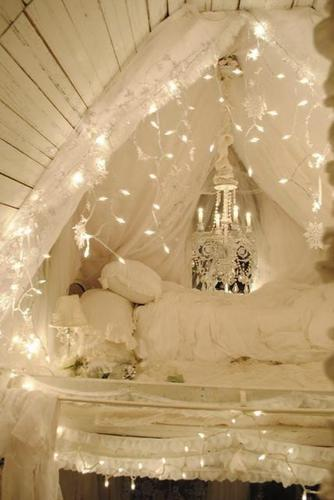 christmas-lights-attic-bedroom_large