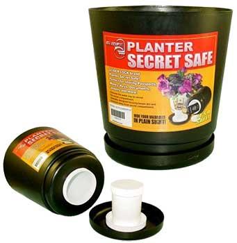 Este envase para plantas posee un escondite secreto en su interior.