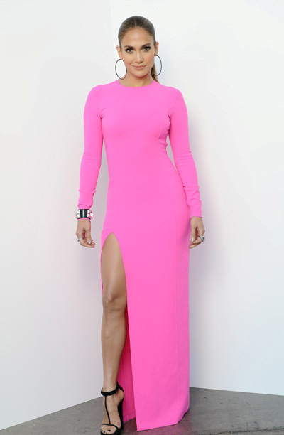 jennifer-lopez-american-idol-top-10-to-9-show-michael-kors-resort-2012-dress-21