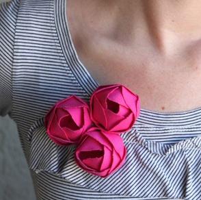 floral_brooch