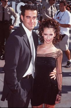 carson-daly-jennifer-love-hewitt-1998-photo-GC