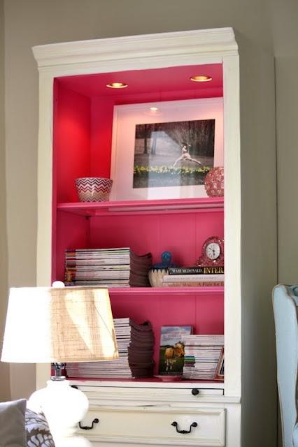 color-background-bookshelf