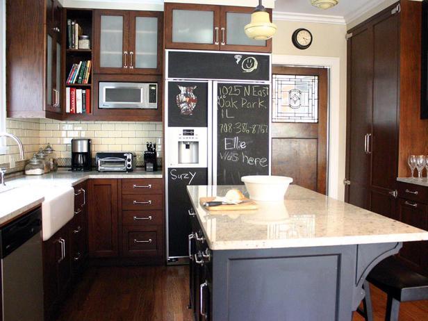 DP_Zaveloff-chalkboard-refrigerator_s4x3_lg