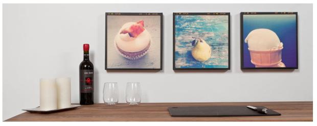 Muestra tus obras de arte con orgullo y utiliza fotos alusivas a las diversas áreas a decorar.