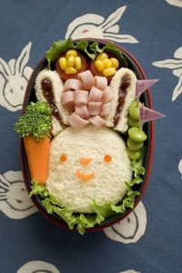 How-to-Make-a-Bunny-Bento-Lunch-Box