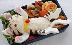 Japanese-lunch-box-art-relaxing-bento-kitty-