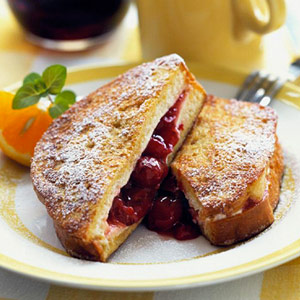 very-cherry-stuffed-french-toast-R046609-ss